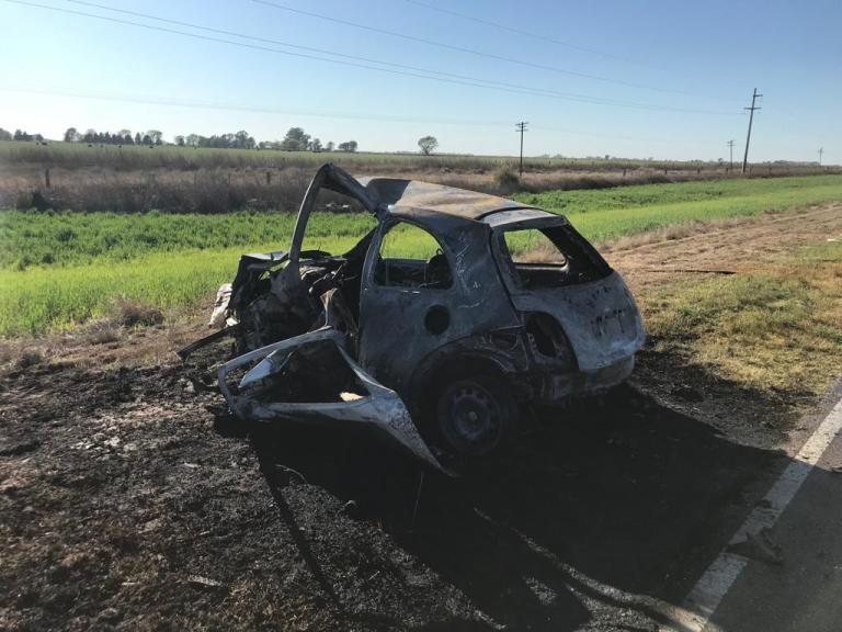 Dos mujeres muertas al chocar dos autos