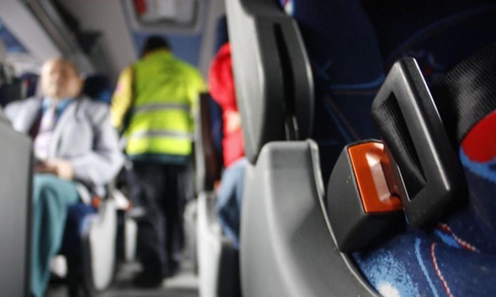 El cinturón de seguridad será de uso obligatorio en micros de larga distancia