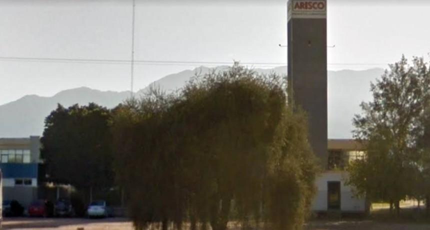 Cierra la alimenticia Arisco en La Rioja y quedan sin trabajo 120 empleados