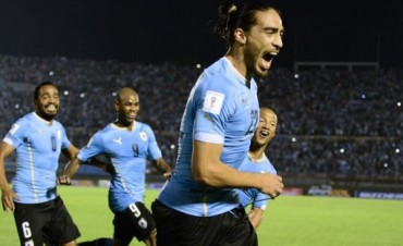 Uruguay goleó a Chile en Montevideo
