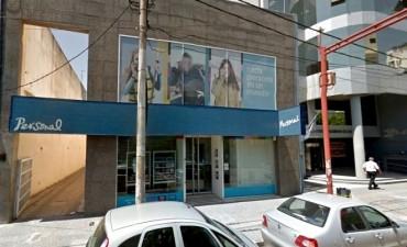 Telecom cierra local en La Pampa