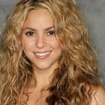 Shakira volvió a suspender parte de su gira por Europa