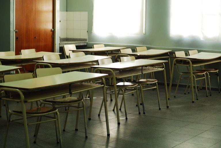Mañana viernes habrá paro nacional por el conflicto educativo en Chubut