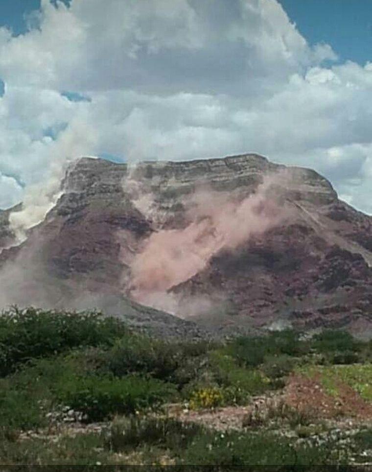 Un fuerte temblor produjo derrumbes en Humahuaca