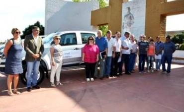 Las camionetas fueron para  la Escuela Agrotécnica de Guatraché