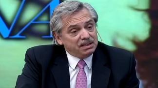 Alberto Fernández anunció que los jubilados que cobran la mínima recibirán un adicional de 5 mil pesos en diciembre y en enero